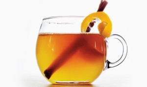 honey-bourbon-toddy-940x560